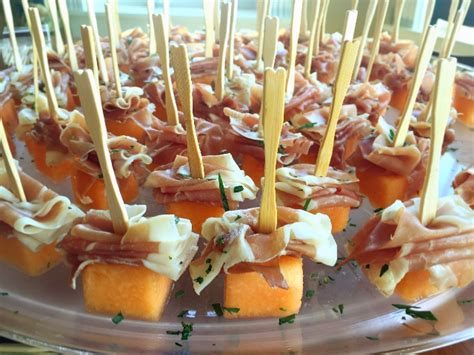 Wedding Appetizers by Helping With Wedding Appetizers