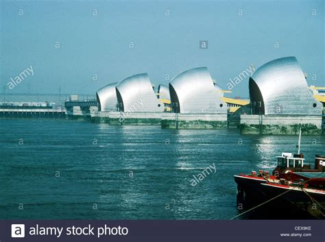 thames flood barrier u k thames flood barrier protection barriers river thames