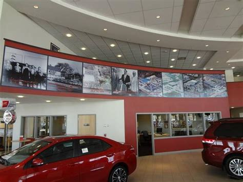 Deery Toyota Dan Deery Toyota Car Dealership In Cedar Falls Ia 50613