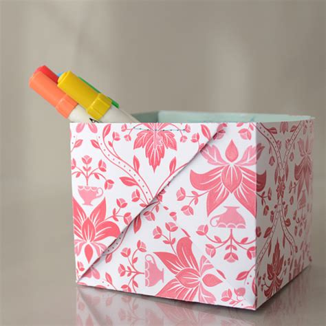 Handmade Paper Boxes Tutorial - creative storing or innovative gift wrapping heatherpjs