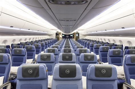 a350 cabin inside lufthansa s brand new a350 900 thedesignair
