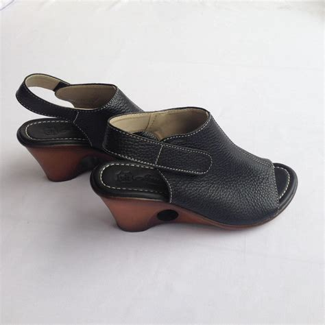 Lmpc3 Sepatu Heels Hitam 12 Cm sandal wedges wanita heels 7 cm hitam asli kulit sapi