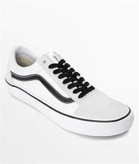 Vans Skool Blackl White Jual Vans Oldskool vans skool pro 50th anniversary white black skate shoes