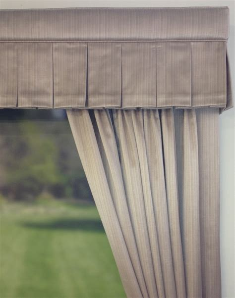 pelmet rods for curtains 1000 ideas about box valance on pinterest valances