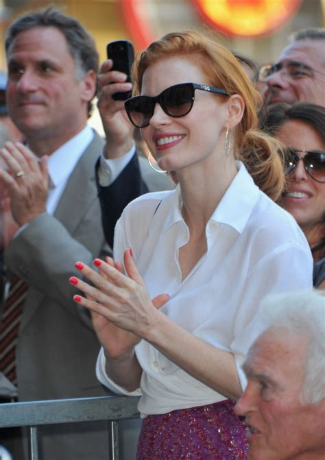 what are the sunglasses sissy spacek wears in bloodline jessica chastain cateye sunglasses classic sunglasses
