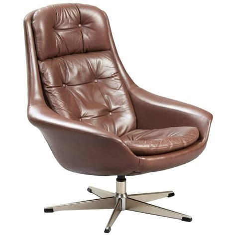 Swivel Lounge Chairs by Henry Walter Klein Swivel Lounge Chair At 1stdibs