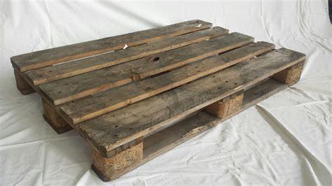 come fare un letto a baldacchino costruire un letto costruire un letto fai da te progetto