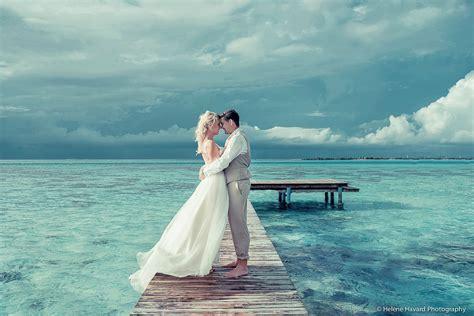Guide To Destination Wedding 2 by Tahiti Wedding Planner Moorea Wedding Planner Tahiti