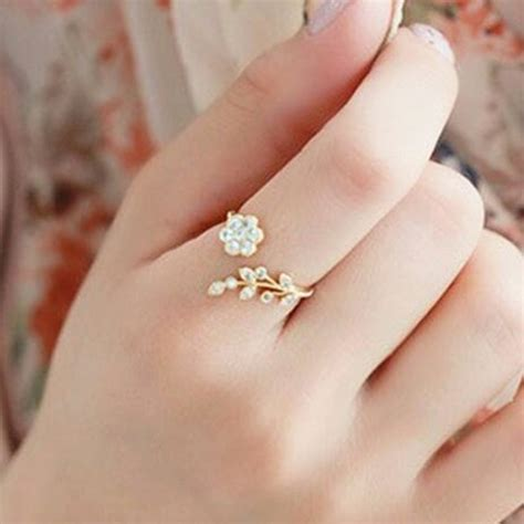 korean fashion style crystal ring twisted leaves wishful flowers open ring extravagance female
