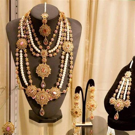 Kundan Jewellery Latest Designs & Trends 2018 19 for Asian