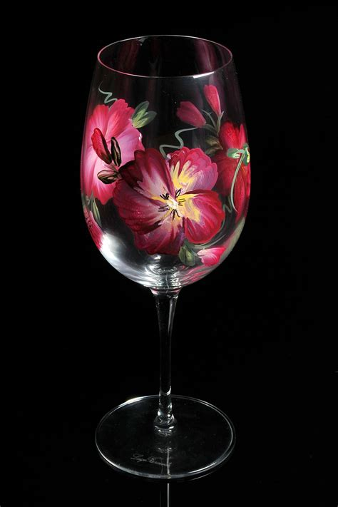 Painted L by Painted Wine Glasses L