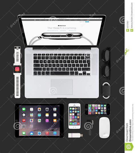 Apple Gadgets Technology Mockup Consisting Macbook, Ipad