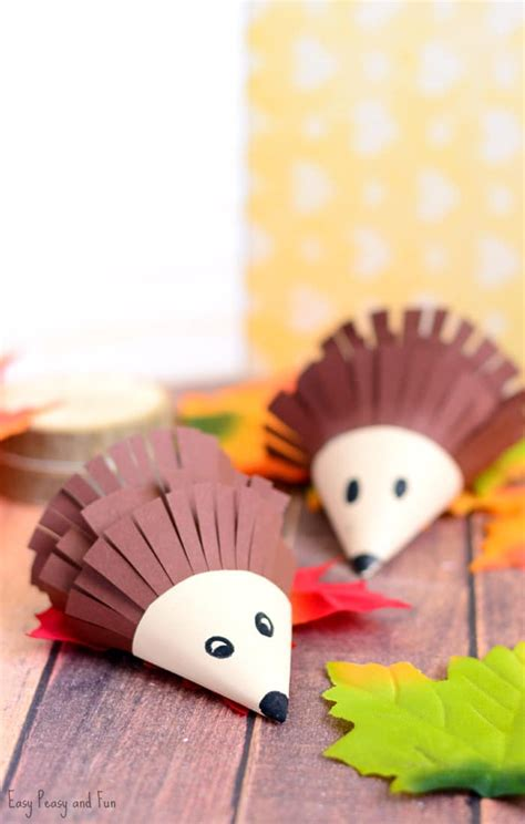 hedgehog crafts for hedgehog paper craft easy peasy and