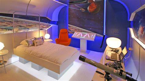 Extreme Makeover Bedrooms - dormitorio nave espacial dormitorio galactico extreme makeover home edition boys bedrooms
