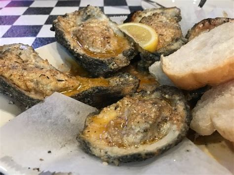 acme oyster house baton rouge photo0 jpg picture of acme oyster house baton rouge tripadvisor