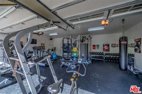 celebrity home gyms the malibu home of elsa pataky and chris hemsworth celebrity trulia blog
