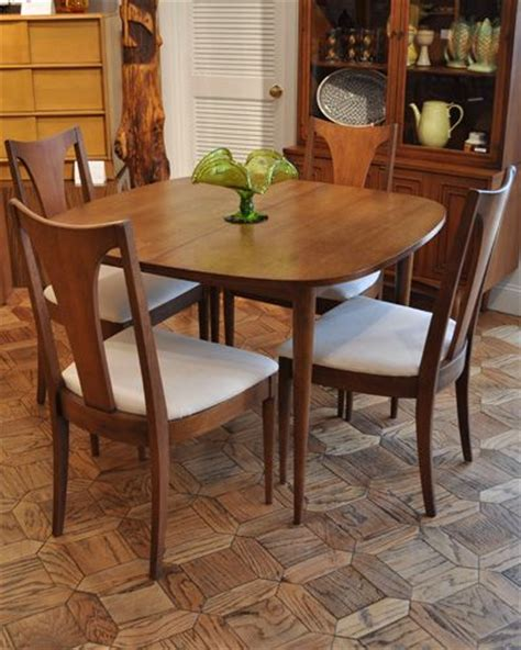 broyhill kitchen table broyhill sculptra dining set mcm designer lines of