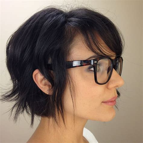 messy bob hair style back side choppy uneven layered hair with side swept bangs i wish
