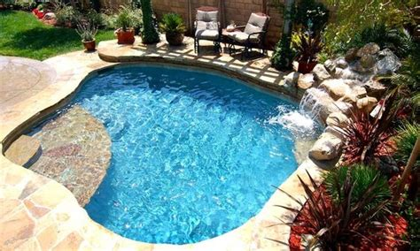 Backyard Pool Depth Create A Unique And Stylish Spool Pool For Your Backyard