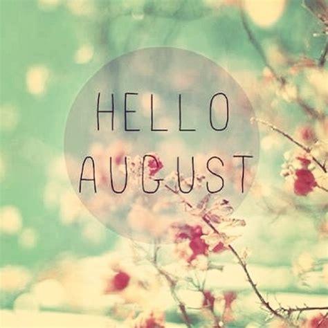 de stoel 7 augustus hello august a closer listen