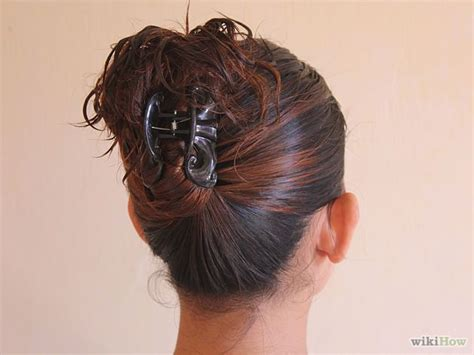 claw hair hairstyles claw clip updo make me up pinterest updo