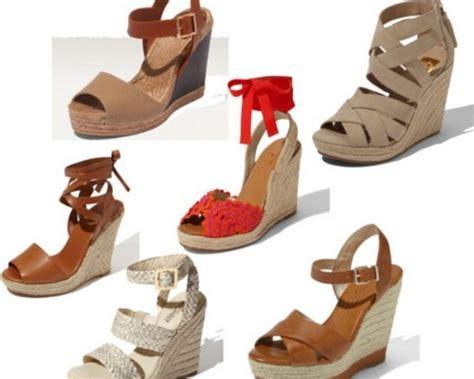 Sandal Wedges Wanita Wedges Terbaru Model Modis Rrs 007 foto model sandal lebaran terbaru 2017 untuk wanita yang