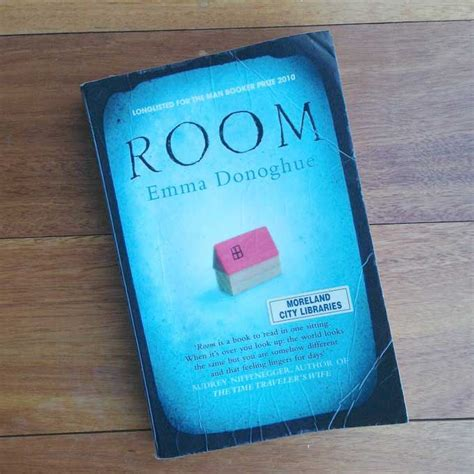 Room Paperback Donoghue Room Donoghue Book Review