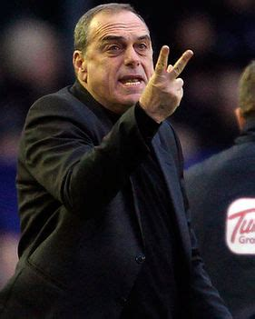 alex ferguson angry because everton beat them avram grant refs cost us ten points daily