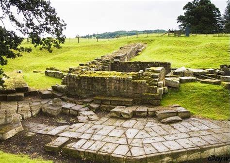 lade muro arqueolugares muro de adriano newcastle carlisle g b