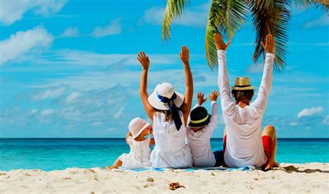 7 Travel Destinations Ideal for Expat Family Trips from