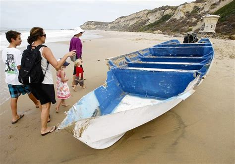 panga boat crystal cove state beach nine charged with immigrant smuggling by boat l a now