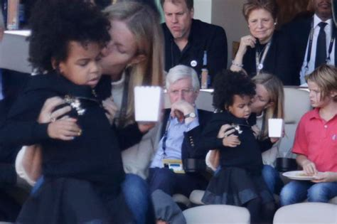 apple martin blue ivy blue ivy carter joins gwyneth paltrow to watch mum beyonce