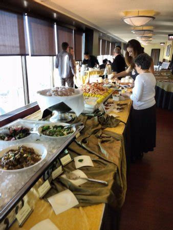 Signature Room Brunch by