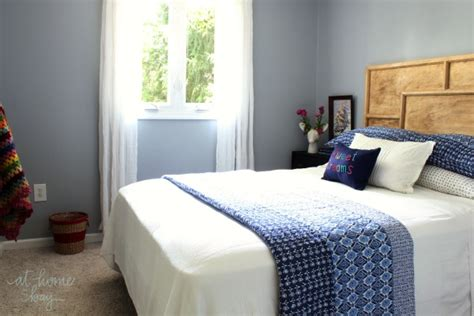 sherwin williams 7072 indigo blue ikat guest bedroom reveal