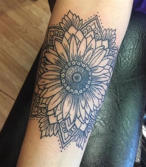tattoo mandala realistic pinterest cmbenney tattoos pinterest tattoo