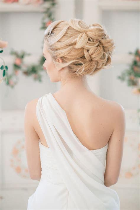 bridal wedding hairstyles bridesmaid dresses ideas wedding color trends