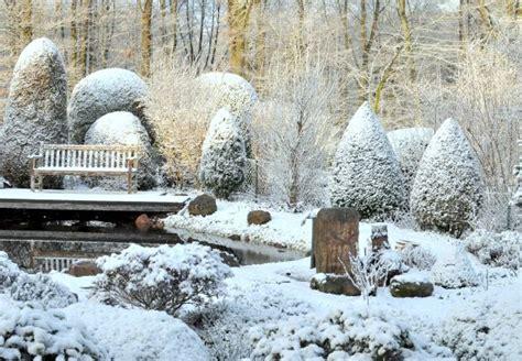 fensterdeko weihnachten obi gartenarbeit im winter obi ratgeber