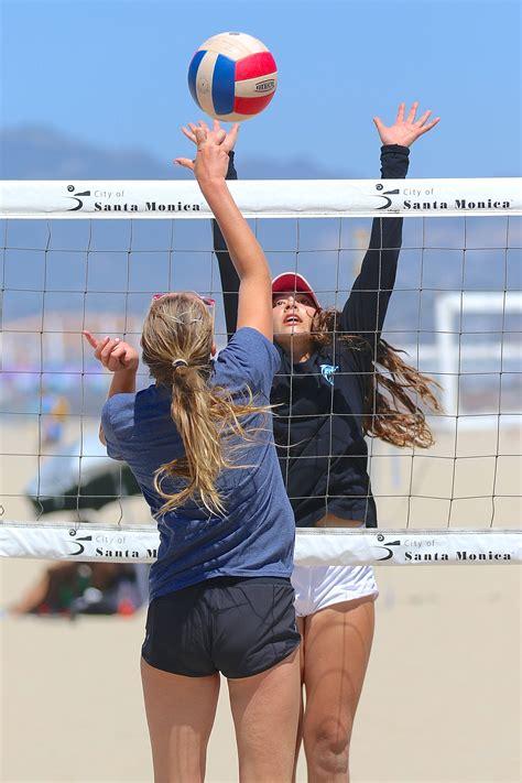 santa monica beach volleyball club team selz