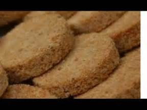 membuat kue sagon kelapa renyah gurih youtube