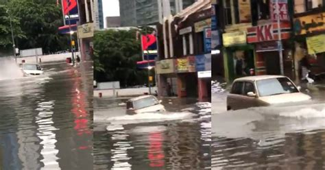 videokehebatan kereta kelisa  merempuh banjir