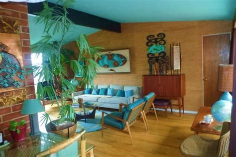 bungalow  leona heraty