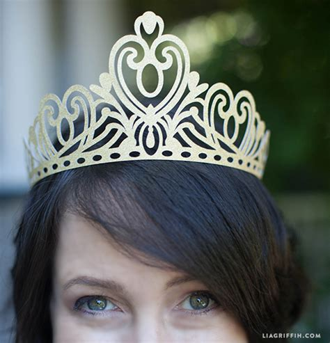 How To Make A Paper Tiara - paper crown for all the paper