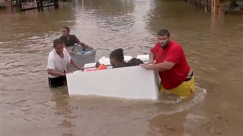 stranded families struggle to be rescued from greenspoint area apartments abc13