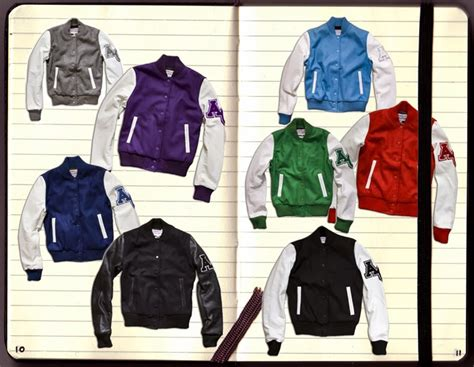 Jaket Varsity Got7 Univ Sablon grosir jaket baseball murah supplier jaket polos sweater polos dan jasa sablon bordir satuan