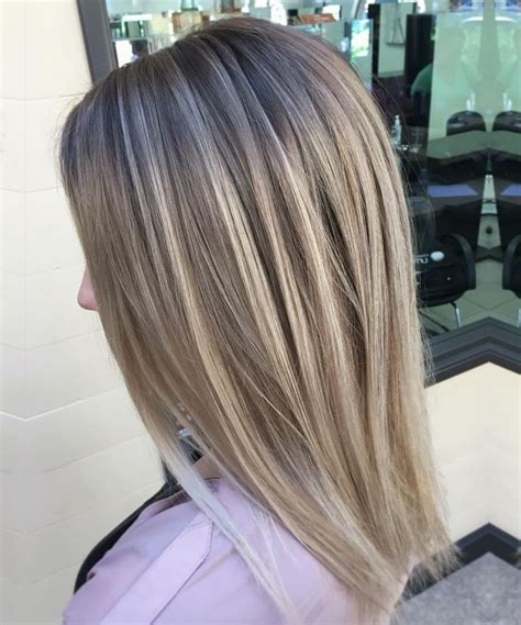 best clothing colors for platinum hair top 25 ideas about platinum blonde highlights on pinterest