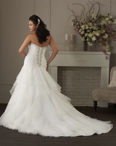 Discount Bonny Wedding Dresses by Bonny Bridal 1402 Lace Wedding Dress Ivory White In Stock