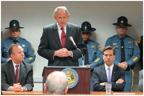 Universal Background Check Bill Delaware Passes Universal Background Check Bill The About Guns