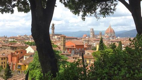 tuscany for the shameless hedonist 2018 florence and tuscany travel guide 2018 books florence holidays 2018 2019 florence city breaks citalia