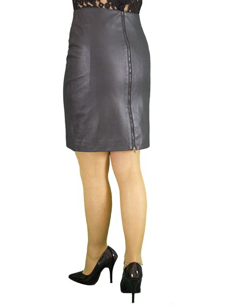 soft leather pencil skirt rear zip 19in length 5
