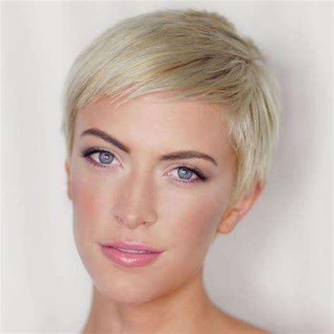 textured short pixie haircuts full effect 60 cute short pixie haircuts femininity and practicality